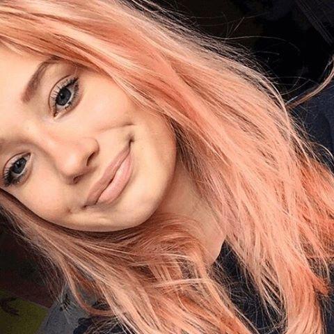 """115 Likes, 10 Comments - Kickaboo (@kickaboopelu) on Instagram: """"⚠#HairAlert ¡Se viene el Blorange! 👇 La coloración que combina los rubios de base con el naranja y…"""""""
