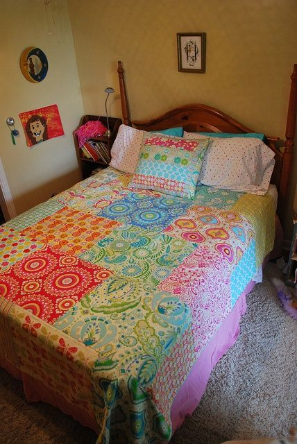 Kumari Garden fat quarter quilt - simple and quick. use a flat sheet as backing. Uses 20 fat quarters (2 of which are halved).