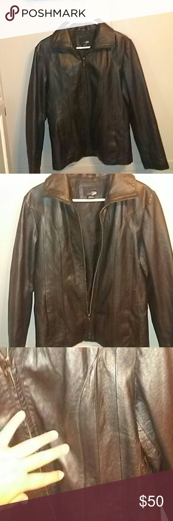 EAST 5TH GENUINE LEATHER JACKET This belongs to a friend of mine whose ex boyfriend bought it for her. FLAWLESS... LEATHER IS PERFECT!!!  EVETYTHING IS IN WORKING ORDER!!  she is open to offers!!!  STILL SMELLS LIKE FRESH LEATHER ON THE INSIDE!!! east 5th Jackets & Coats