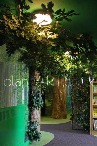 plantARTBespoke - Artificial oak trees, enchanted forests, large fake tree trunks