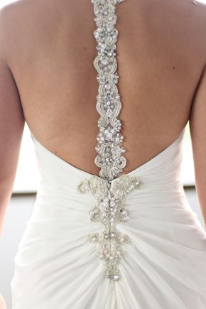 low back detail wedding dress