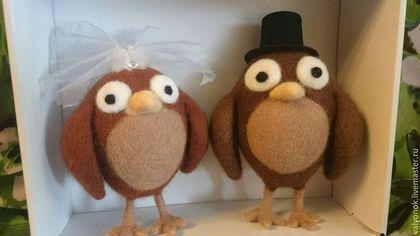 Купить или заказать Совушки на свадьбу из войлока в интернет-магазине на Ярмарке Мастеров. Совушки- мои любимые птицы, это символ мудрости и знаний, для меня это положительный символ, а если это пара, то это символ верности, эта пара была сделана на заказ, на свадьбу. Я с большим удовольствием работала над этим заказом.