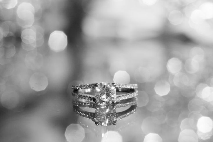 Wedding ring, wedding ring detail shoot, macro ring photo, black and white ring, bokeh, ring reflection Photos by Eileen Devereux Photography