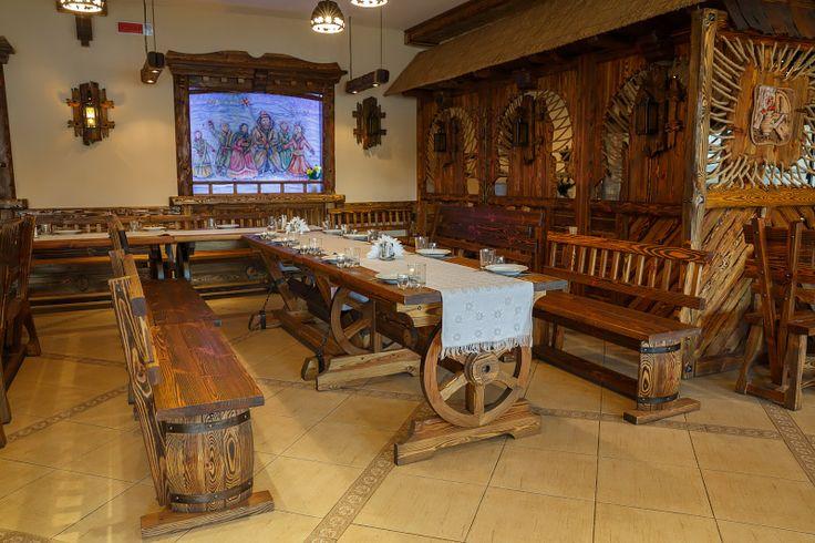 Деревянная мебель в кантри-стиле производства ХОРЕКАСПБ.