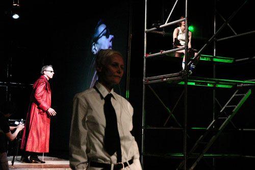 """""""Le sang des rêves"""" by Patricia Allio / Exorage Group. #Theatre. VIE Scena Contemporanea Festival 2007"""