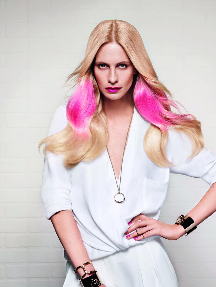 Pink SplashLIGHT - IT GIRL Poppy Delevingne #itlooks #poppydelevingne #itgirl