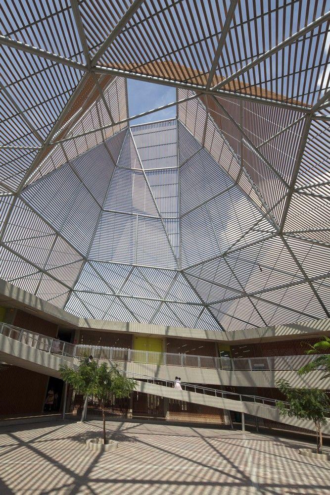 Galería - Colegio Pies Descalzos / Giancarlo Mazzanti - 5 #arquitectura contemporánea #cubiertas
