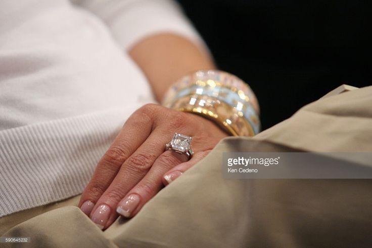 The 25 best melania trump wedding ring ideas on pinterest for Melania trump wedding ring cost