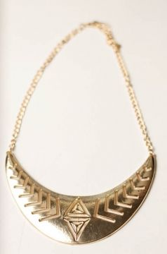 collar babero dorado diseño étnico $4.000.-