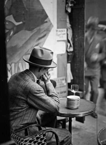 Imagen tomada por André Kertész en París, año 1928