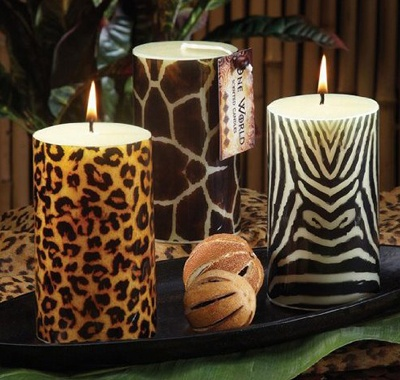 Animal prints.  In my life a neutrals, these are my POP!  Love that this blog has lots of links to bring out the animal in all of us!