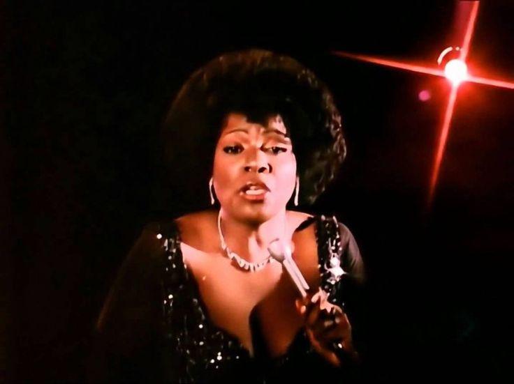 """Motown Records'da 7 yıl şarkı sözü yazarlığı yaptıktan sonra bir anda işinden kovulan Dino Fekaris tarafından, bu olaydan yola çıkarak yazılmıştır. Kendini işsiz bir şarkı sözü yazarı olarak bulan Ferakis, birkaç gün sonra odasında televizyonu açar ve kendi yazdığı Generation isimli şarkıyla karşılaşır. Birden kendine güveni geri gelir. Yatakta zıplayarak """"başaracağım, tek başıma şarkı sözü yazarı olacağım, hayatta kalacağım!"""" der... http://bagimsizdegisken.com"""