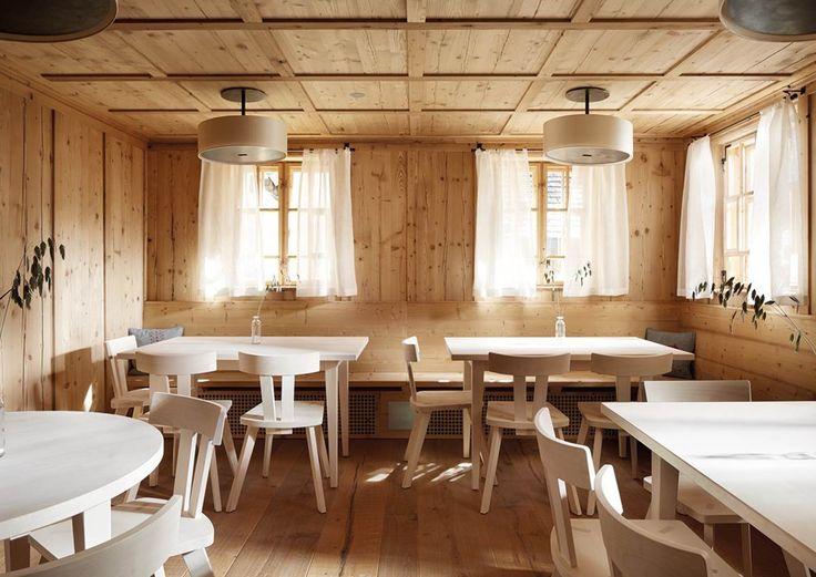 Lech: Kulinarisches Nachsitzen im Schualhus  Josef Walch erweiterte sein Resort-Ensemble Walch's Rote Wand. Das Schulhaus von Lech-Zug am Arlberg wurde zum Boutique-Gasthaus mit Chef's Table umgewandelt.