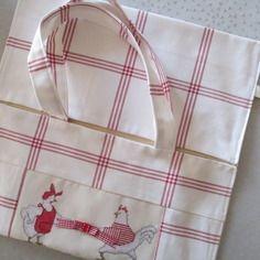 Collection cuisine sac a tarte *poules* broderie point de croix