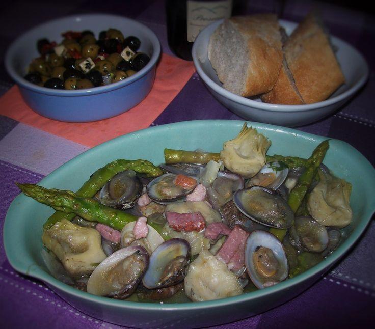 Clams with Artichokes & Green Asparagus (Cava Sauce)