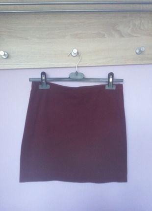 Kup mój przedmiot na #vintedpl http://www.vinted.pl/damska-odziez/spodnice/14006329-bordowa-bandazowa-spodniczka-hm-38-m