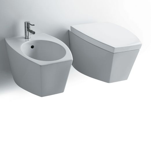 DU19 + DU18 | Duemilasette Ceramica Simas Wall hung bidet with single tap hole. Wall hung WC