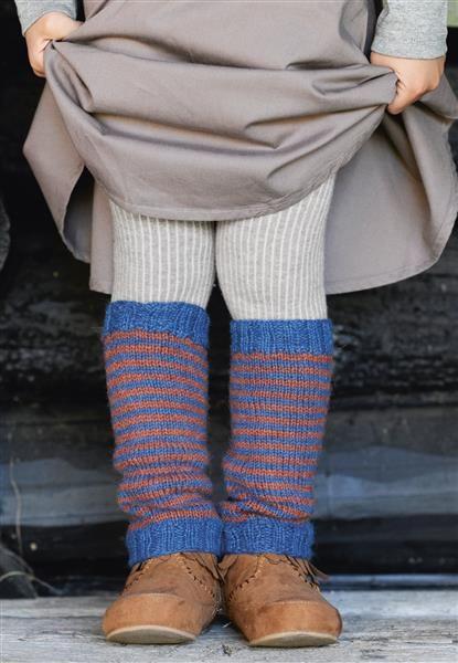 1512: Design 10 Leggvarmere #strikk #knit
