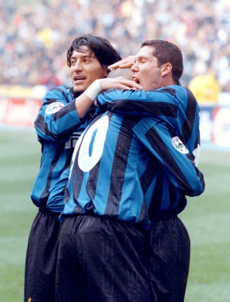 "Iván Zamorano (Inter Milan, 1996–2001, 101 apps, 25 goals), ""Ronaldo"" Ronaldo Luís Nazário de Lima (Inter Milan, 1997–2002, 68 apps, 49 goals) and Diego Simeone (Inter Milan, 1997–1999, 57 apps, 11 goals)."
