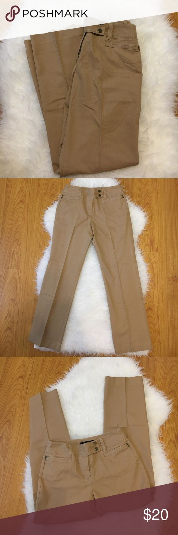 "Larry Levine Petite dress slacks for women 4P Larry Levine Petite dress slacks for women 4P  Excellent condition pre-loved dress pants for women in a size 4 Petite   Dress slacks consist of 77% cotton and 20% polyester and feature a creamy neutral tone of brown   Inseam measures approximately 27.5""  Item comes from a clean, smoke-free home Larry Levine Pants"