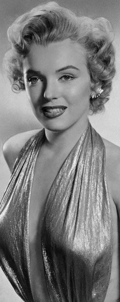 Beautiful Marilyn Monroe Photoshoots by Frank Powolny in 1952 ^