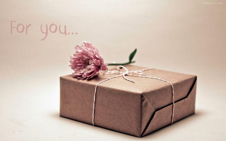 ¿Te invitaron o estas planeando el clásico intercambio de regalos navideños o juego del amigo invisible?  Visita nuestra tienda online, donde podrás encontrar nuestra variedad de productos ideales para obsequiar. http://www.naturale.com.mx/compra-en-l-nea.html