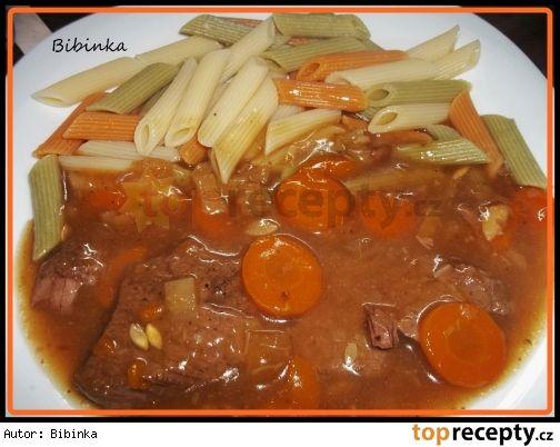 Hovězí maso s nevšední chutí(mrkev,paprika,cuketa,jarní cibulka,zázvor,med,sójovka,škrob)