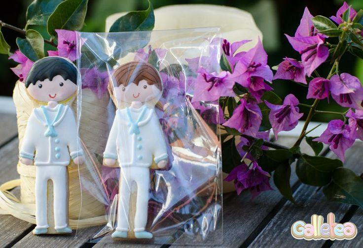 Galleta individual, chico castaño, en bolsa. Diseño de @Julia Postreadicción http://www.galletea.com/galletas-decoradas/