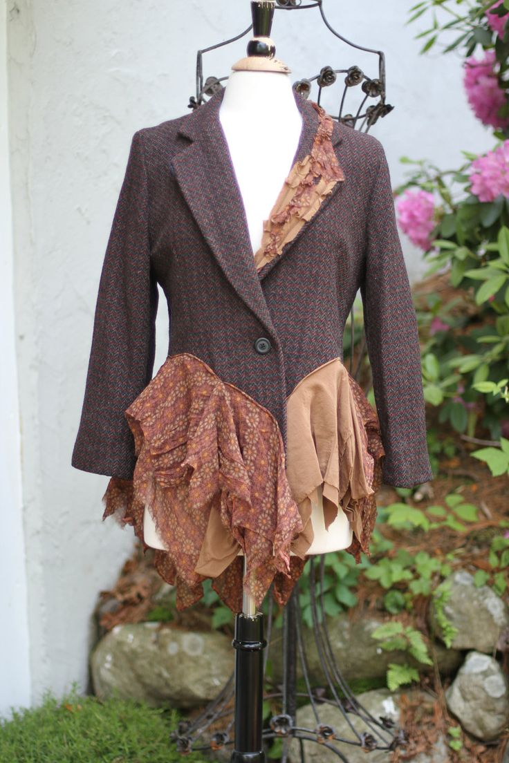 Jacket / Wool / Silk Layers / Upcycled / Medium-Large / One of a kind by Irinale