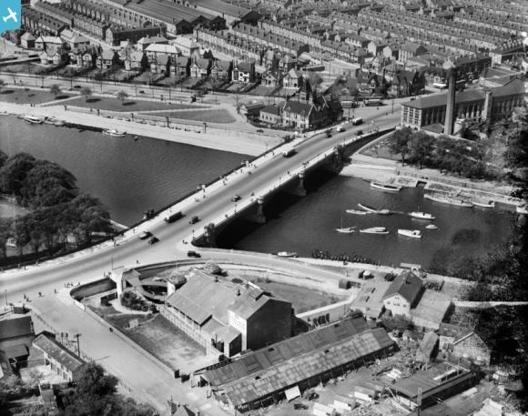 Trent Bridge and the Palace Theatre, West Bridgford, 1928