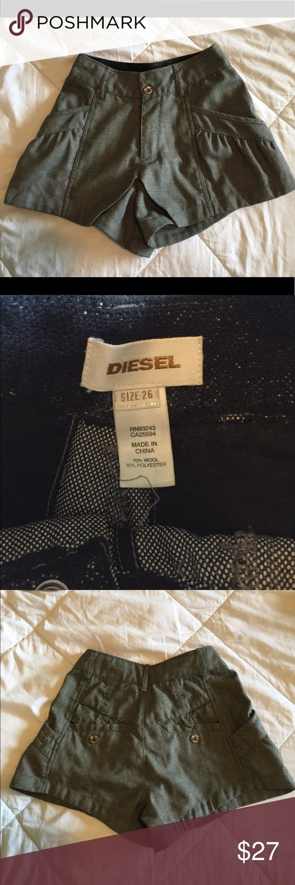 DIESEL SHORTS Worn once; I'm a 24/25 waist and they fit me fine Diesel Shorts Cargos
