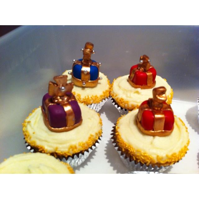 Jubilee cupcakes.