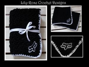 Black & White Fox Racing Baby Blanket can also be paired with a matching baby beanie