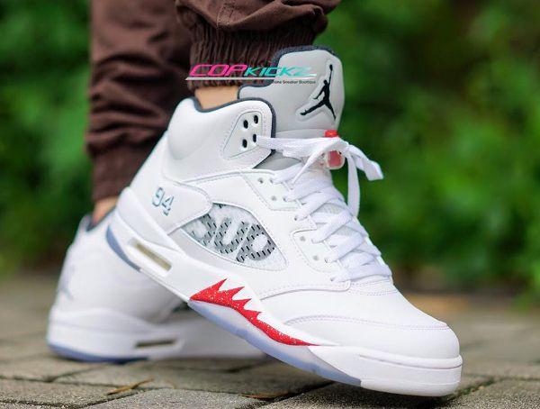 Air Jordan 5 x Supreme NYC ' ...