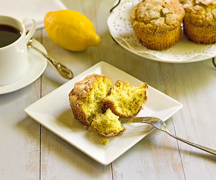 The Midnight Baker: Ricotta Lemon Poppy Muffins