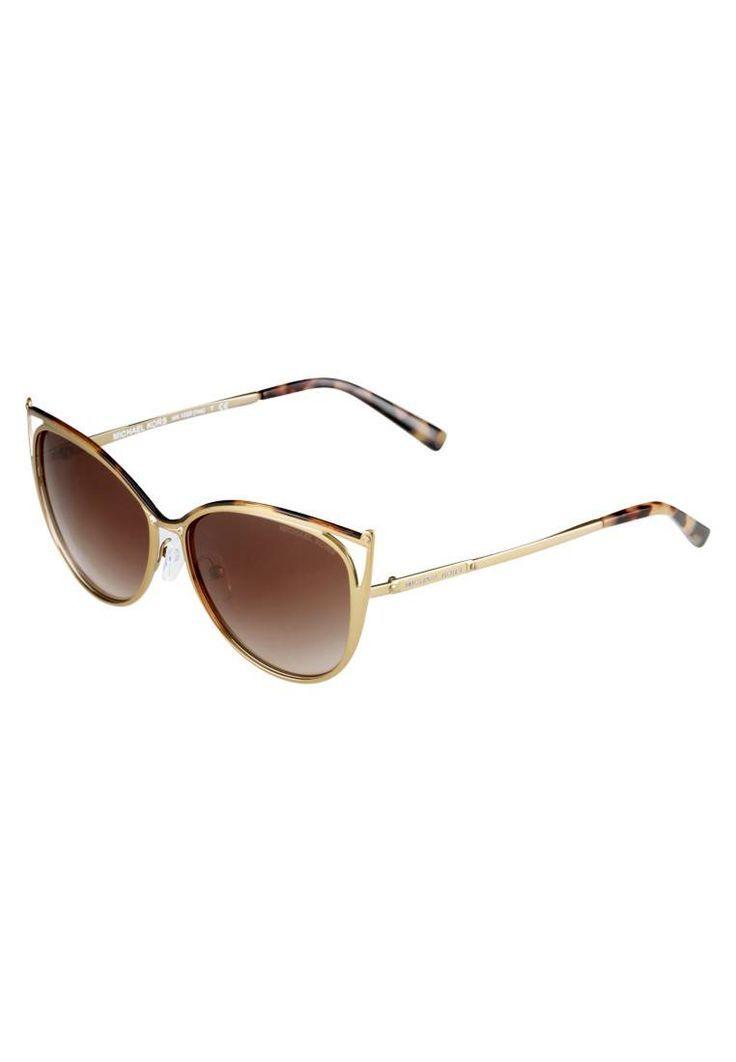 Michael Kors. INA - Sonnenbrille - tokyo tortoise/gold tone. #sunglasses #sonnenbrillen #fashion #zalandoDE Breite:13.5 cm bei Größe 56. Bügellänge:13.5 cm bei Größe 56. Stegbreite:1.4 cm bei Größe 56. UV-Schutz:ja. Brillenform:Schmetterling. Brillenetui:Hartschale. Muster:Farbverlauf