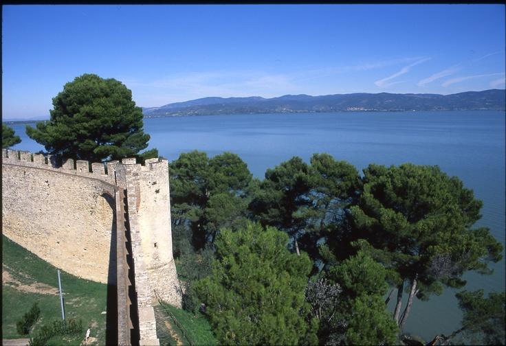 Blick auf den Lago Trasimeno von Castiglione del Lago