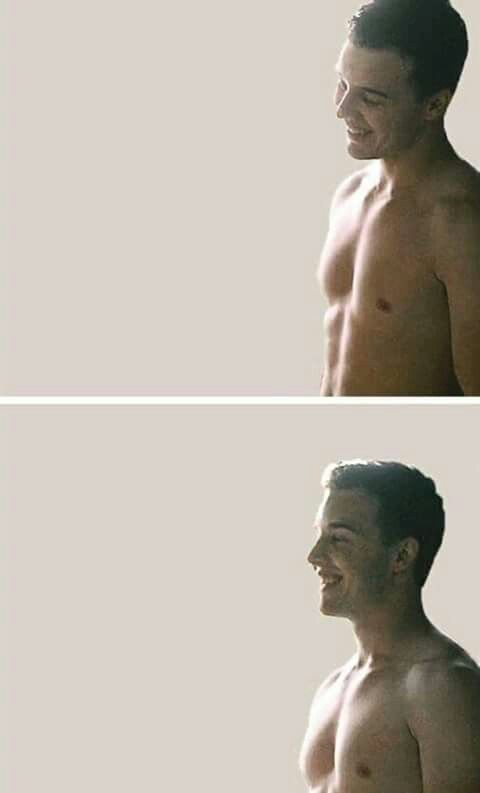 He is so gorgeous I mean look at that smile , and that body, aND that hair sO fUCkInG hOt