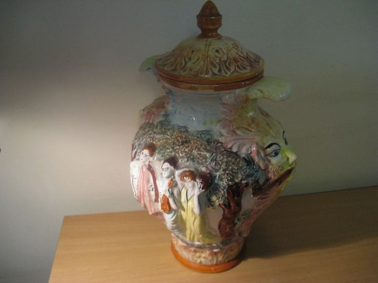 Original colorful Vase w. lid of Capodimonte Italy c. 1880-1890... #Capodimonte