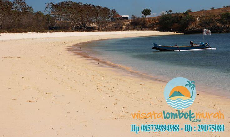 Objek Wisata Pantai Pink Lombok