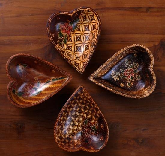 Batik salad bowls.