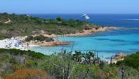 Praia do Príncipe, Sardenha, Itália                                                                                                                                                                                 Mais