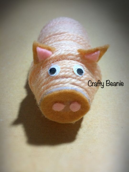 Recycle your Yakult bottles and make this pig! This exercise encourages your kid to think beyond their imagination. Learn to be environmental friendly, and helping them to stay focus.