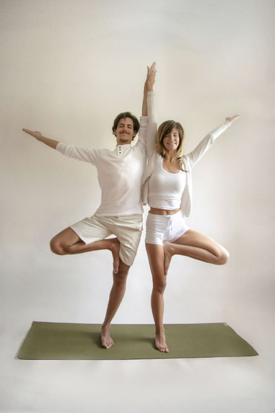 10 Perfect Poses for Partner Yoga - FitBodyHQ