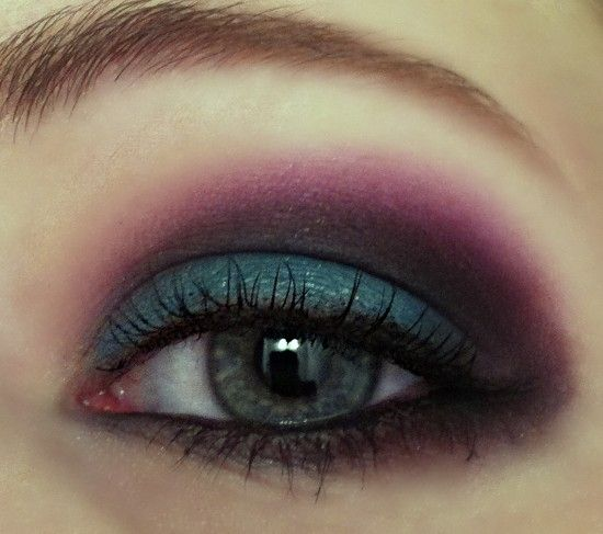 Teal+Black+Purple=bold evening look...However, with less black eyeshadow, it can work for daytime as well