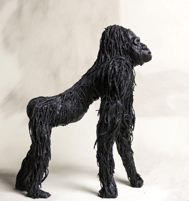 Gorille | Sculpture en argile et fils de coton