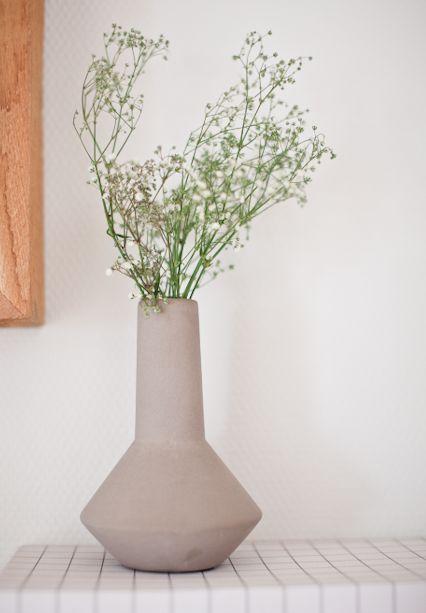 Concrete vase in the hallway. Box from Hay/hviit.no