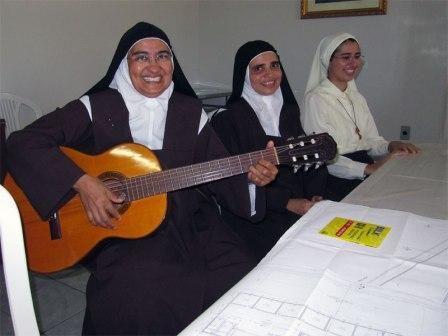 Un grazie di cuore dalle Carmelitane dell'Arcidiocesi di Natal! Senza il vostro aiuto non avremmo potuto farcela! Le Carmelitane vi ringraziano dal profondo del loro cuore. http://acs-italia.org/progetti-in-corso/un-grazie-di-cuore-dalle-carmelitane-dellarcidiocesi-di-natal/