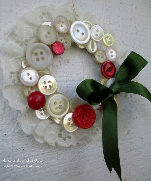 25+ Best Ideas About Button Wreath On Pinterest