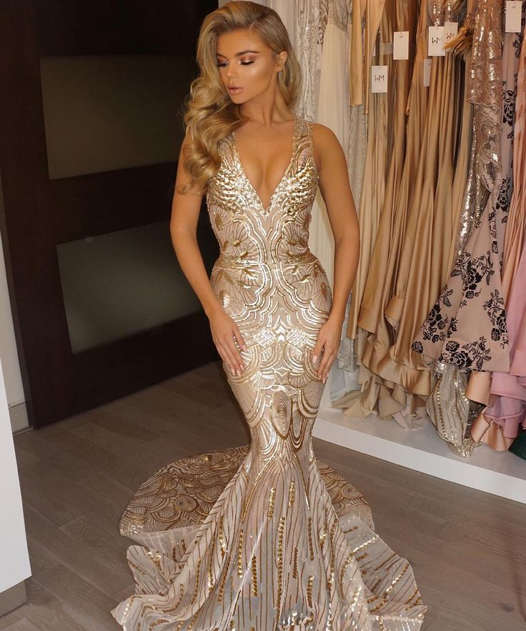 Voted best new American designer. STORE: 939 S. Hill St. #103, LA CA, 90015 CALL for appointment: 213.947.3139 for PR or to purchase a gown visit: